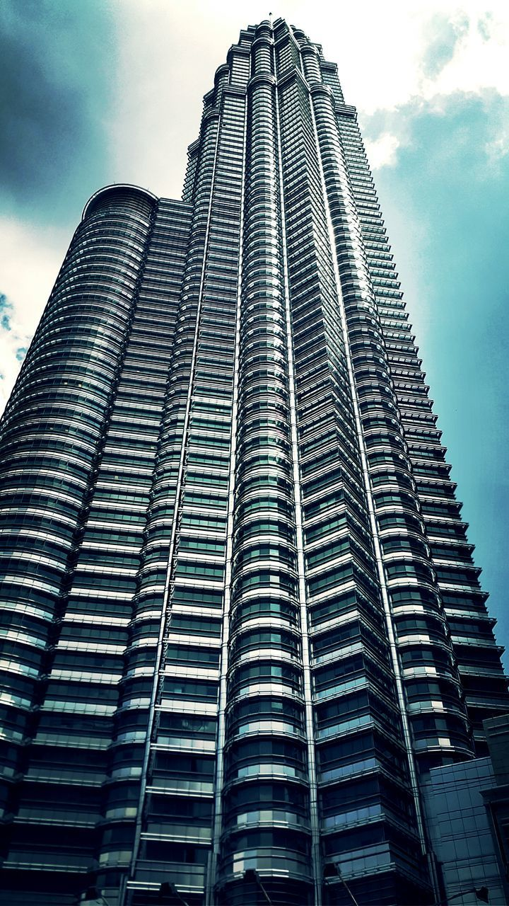 Low Angle View Of Petronas Twin Towers