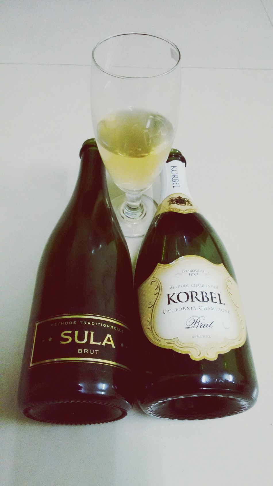 Funtimes Chilling With Friends Celebration Champagne Happy People