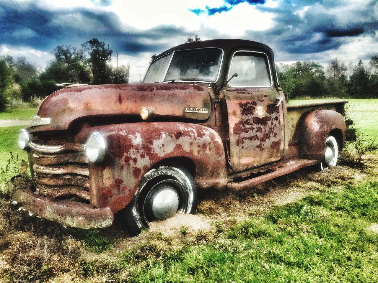 Forgotten Car Cars Vintage Cars Vintage❤ Vintage Vehicles Vintage Auto Automotive Photography Automobile Autos Automotive Old Old Car Old But Awesome Oldie  Antique Car Antique Cars Antiquecars Antiquecar Antique Antiques Rust Rust Never Sleeps Rusty Rusty Autos