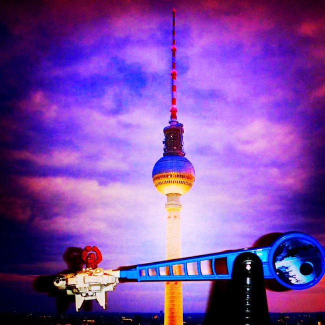 Tower Travel Destinations Cloud - Sky Berlin Sky Traveling Famous Place Tourist Dramatic Sky City Cloud Built Structure Architecture International Landmark Tall - High Outdoors Communications Tower Tourism Travel Building Exterior Spire  Starwars Person Set Vibrant Color