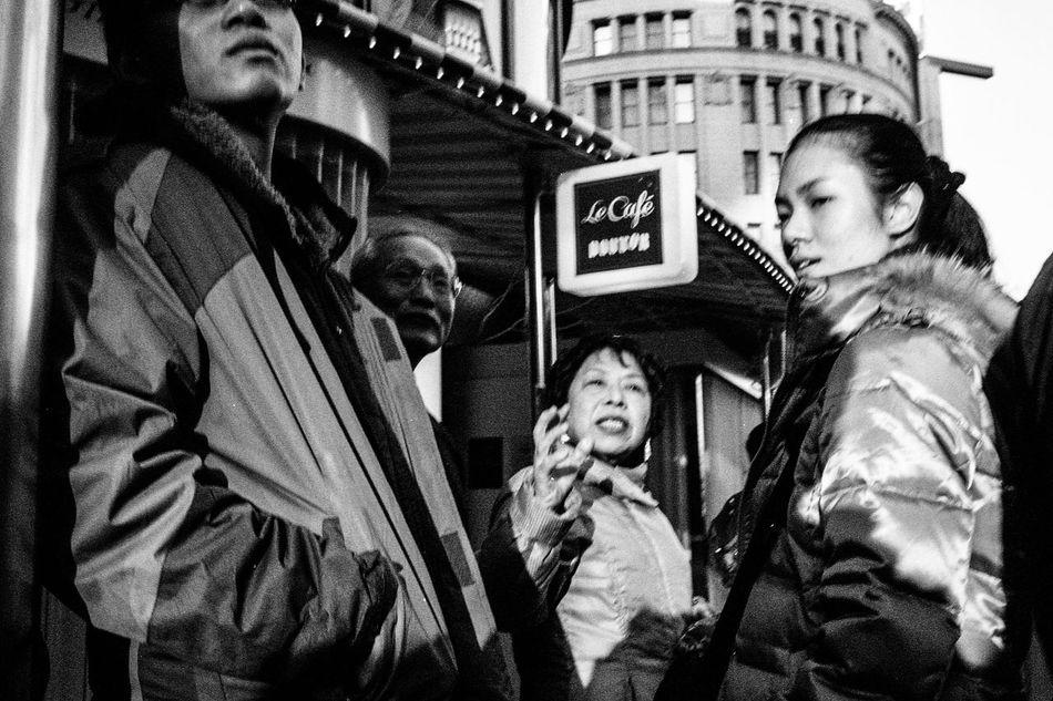 Blackandwhite Streetphotography Monochrome Capture The Moment Street People Street Photography Tokyo Street Photography EyeEm Best Shots 35mm Leicacamera Light And Shadow
