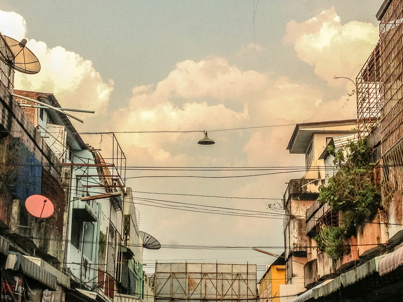 Building Cloud - Sky Day Low Angle View No People Outdoors Sky Thai Building Thaitown