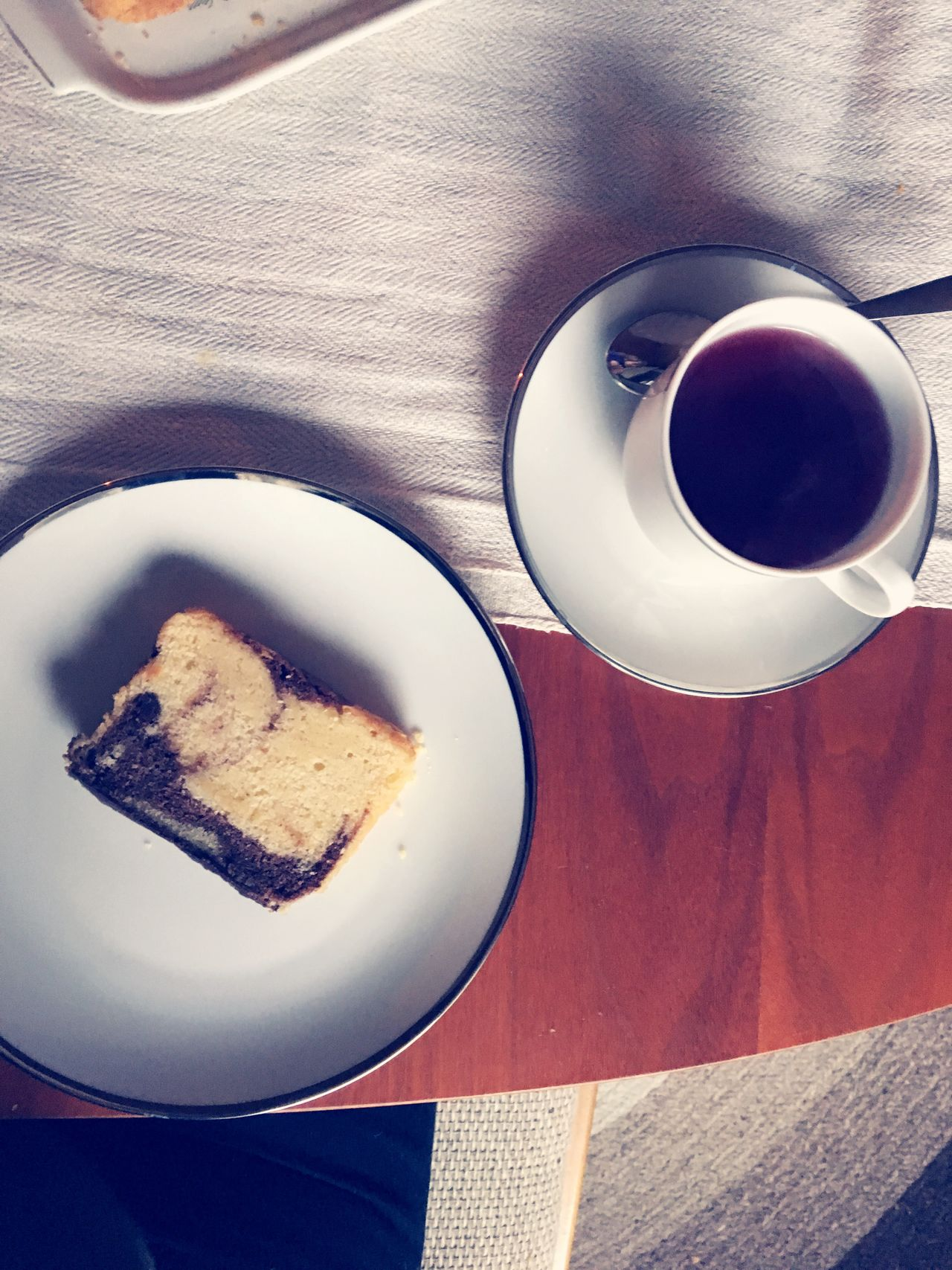 Natural Fabrics Tea Cup Table Natural Colours Natural Colors Table Setting Cloth Linen Texture Linens And Textiles Freshness High Angle View Indoors  Serving Size Breakfast Table Tea Time! Caketime Colori Naturali Lino Tessuti Tessuti Naturali Natural Textiles Naturtextilien Naturfarben Natürliche Farben Leinen