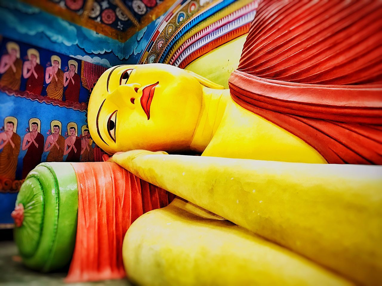 Reclining Buddha Art And Craft Multi Colored Yellow No People Indoors  Close-up Place Of Worship ASIA Religious  Indoors  Sculpture Statue Spirituality Religion Buddhism Buddhist Buddhist Temple Buddha Art Is Everywhere BYOPaper!