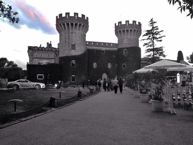 Shootermag Streetphotography Colorsplash Castle