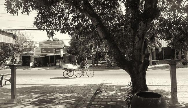 Pedicabs Street Life Streetphoto Xeloi Vietnam Vietnamtrip Angiang Streetphotography