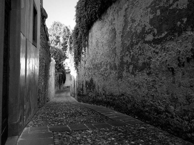 Monochrome Photography Architecture No People Building Exterior Black & White Black And White Street Photography Streetphotography Streetphoto_bw Blackandwhite Travel Photography Traveling Old Buildings Italia Light And Shadow Italy Bergamo Monochrome Bw_collection EyeEm Best Shots - Black + White Travel Destinations Architecture