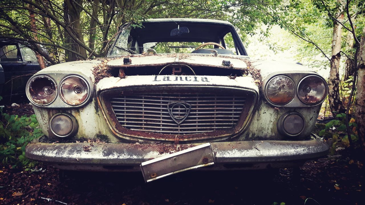 Car Headlight Transportation Mode Of Transport No People Day Land Vehicle Outdoors Close-up Tree Nature Discovering Photograph Photography Abandoned Places Lostplaces Old Abandonedplaces Abandoned Buildings Urbex Urbexexplorer Urbexphotography Abandoned Urbexworld Urbexphotography Let's Go. Together.