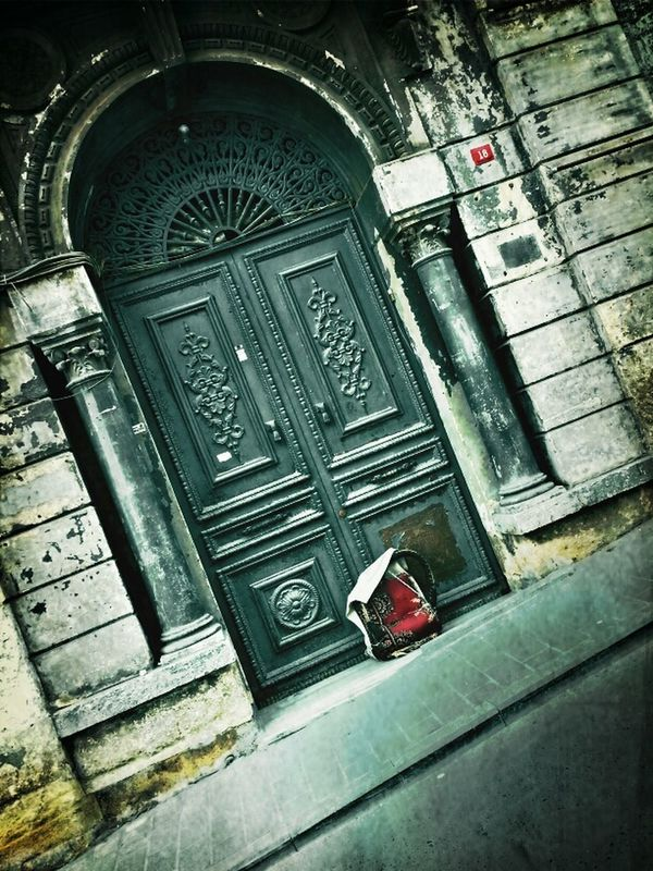 Historical sights eye4photography  Hanging out Walking around streetphotography Doors nostalgia by Sinemis Koç