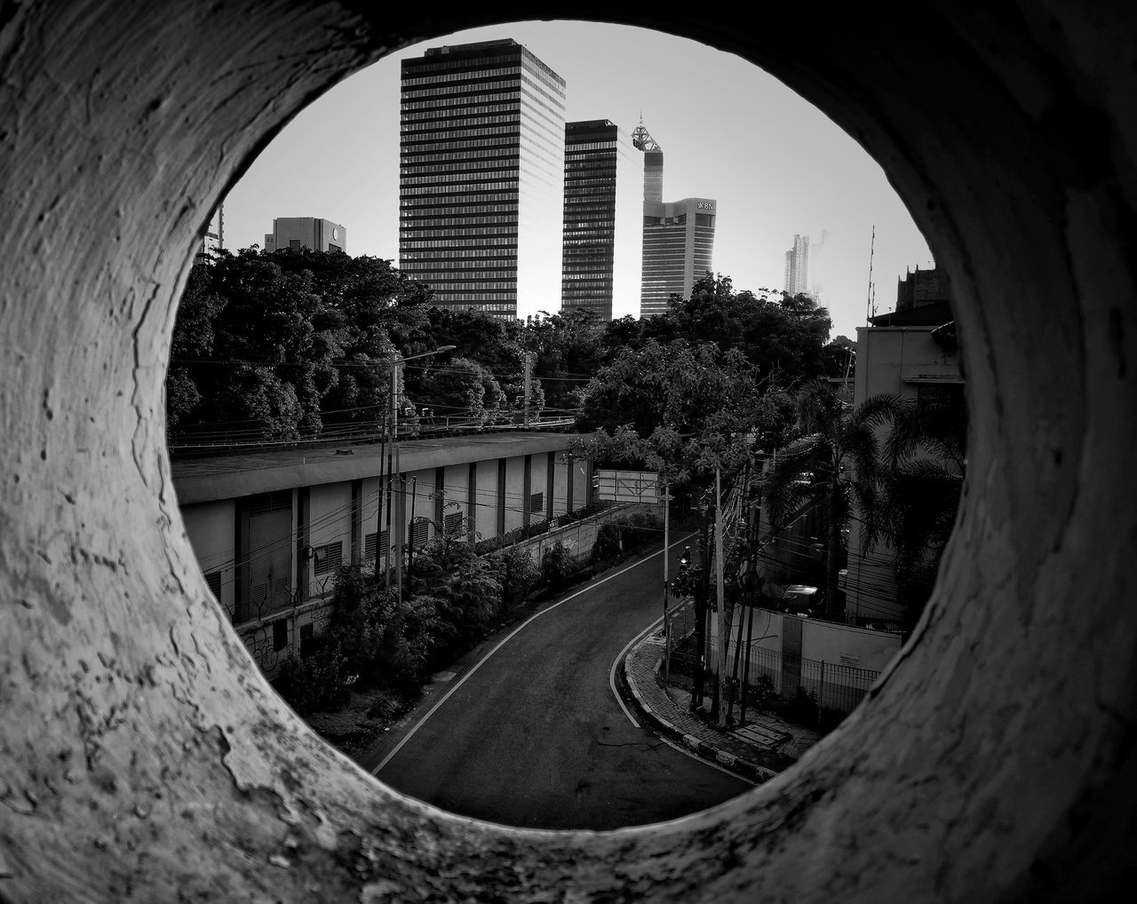 architekture in frame Architecture skyscraper building exterior Cityscape urban skyline outdoors City EyeEm Best Shots EyeEm Nature Lover eyeemphotography huwawie p9 business finance and industry sky_collection city landscape Cityscape huawei p9 leica indonesian photographers collection bnw_society bw_indonesia bw_collection beauty in Nature bw_crew bw_photooftheday bw_shotz bnw_collection