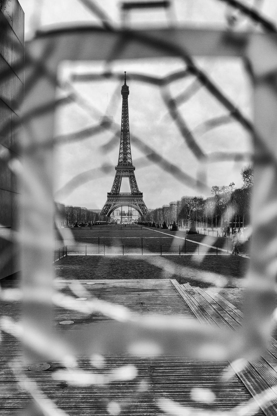 Architecture Black & White Black And White Black And White Photography Building Exterior City No People Outdoors Paris Paris, France  Tour Eiffel Tour Eiffel Black And White Tour Eiffel, Paris. Tower