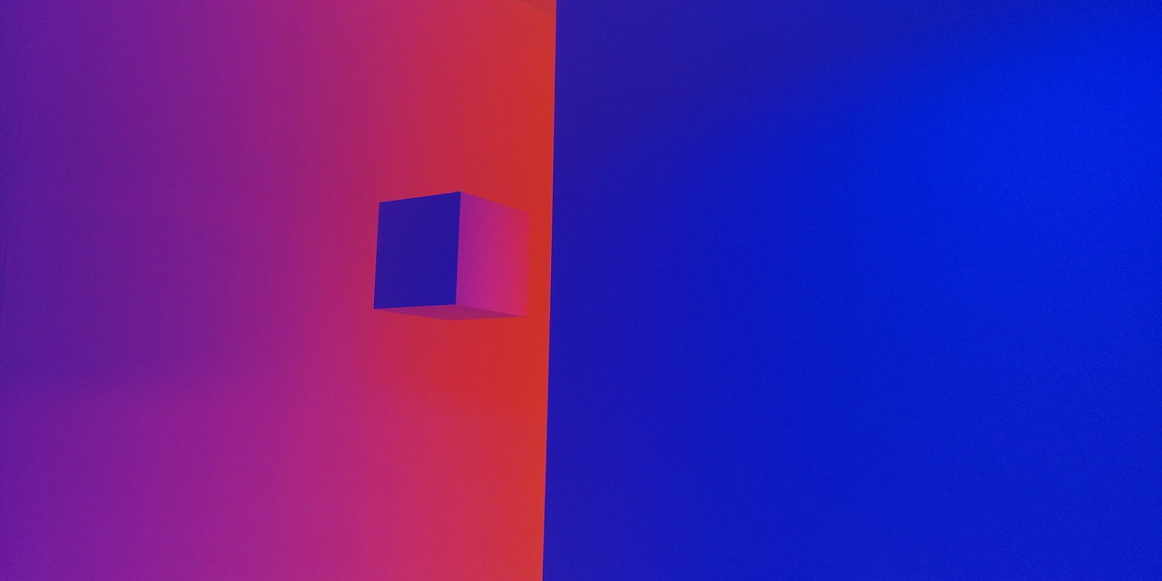 Chromotherapy Blue Red Orange Cube Art Museum