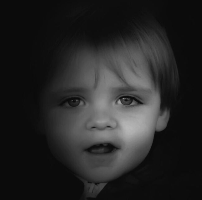 B&w version One Person Innocence Headshot Childhood Cute Real People Close-up Front View Portrait Black Background Cheerful Nikond3300 Nikon Son Family Family❤ Blackandwhite Monochromatic Monochrome Photography Monochrome Nikonphotography Nikonphotographer EeyemBestPhotography Eeyemgallery Eeyem