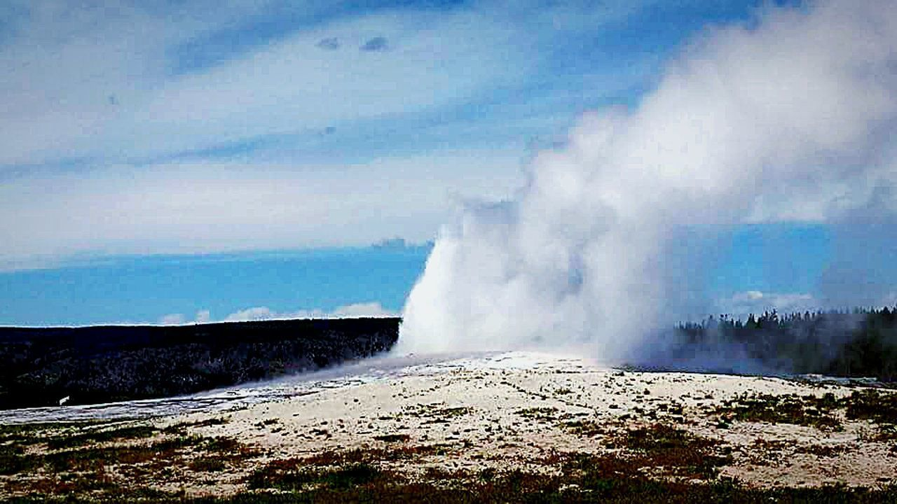 Mother Earth Nature EyeEm Best Shots EyeEm Nature Lover Water Blue Sky Sky And Clouds Old Faithful Geysers Yellowstone National Park EyeEm Gallery No People Skyporn Sky_collection Clouds And Sky Sky Water_collection Beautiful Nature Eyeem Nature Nature Photography Earthporn Lookingup Taking Photos
