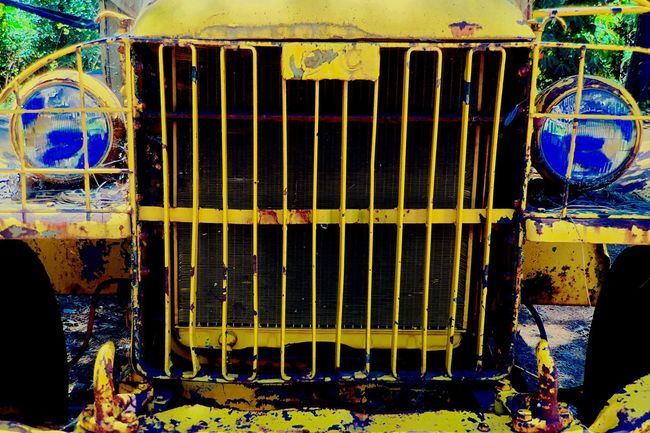 The OO Mission Old Tractor Yellow Tractor Apple Hill Car Bumper Rusted Metal  Blue Headlights Rusty Autos