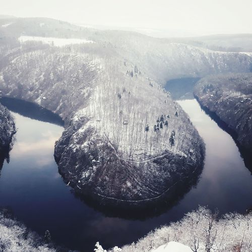 Winter wonderland Shades Of Winter Water High Angle View Nature No People Beauty In Nature Tranquility Scenics Outdoors Day Sky An Eye For Travel