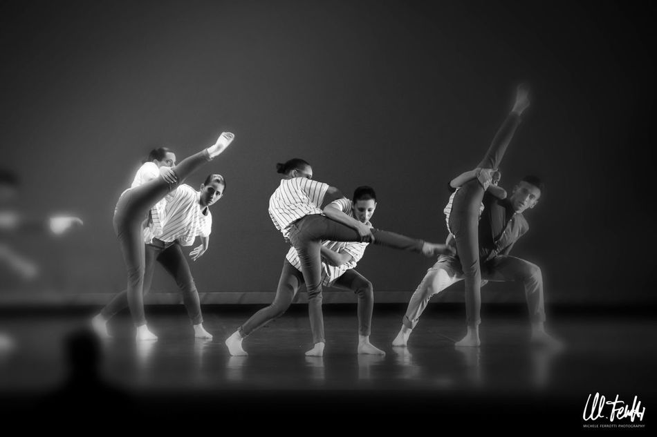 Art Creativity Dance Contemporary Dance Photography EyeEm Perfomance Dance Focus On Foreground Sevenschool Stage Photography Turin Italy Dance For Life EyeEm Best Edits EyeEm Gallery Illuminated Lifestyles Selective Focus Seven School Dance Side By Side