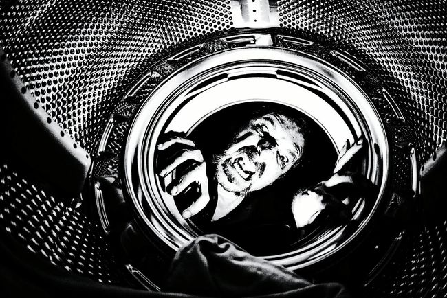 A nice place to be...😁😁People And Places Close-up Transportation Detail Full Frame Design Mode Of Transport Extreme Close Up Selective Focus Extreme Close-up Circle No People Vehicle Hood Studio Shot Open Edit Fresh 3 Eye4photography  EyeEm Best Shots Blackandwhite Blackandwhite Photography Blancoynegro Washingmachine Inside Things Me, My Camera And I Selfportrait