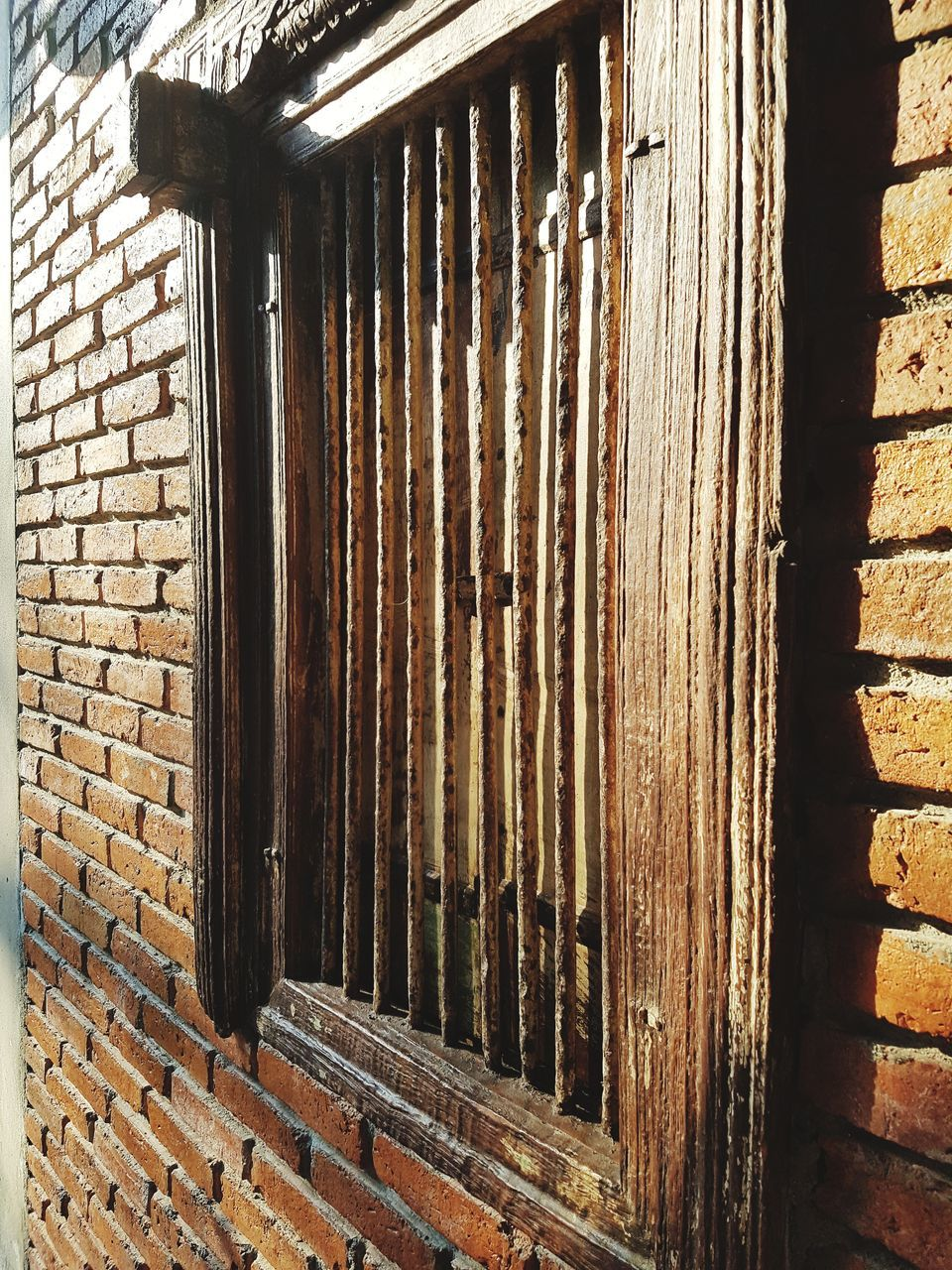 brick wall, day, no people, outdoors, pattern, architecture, built structure, close-up, building exterior