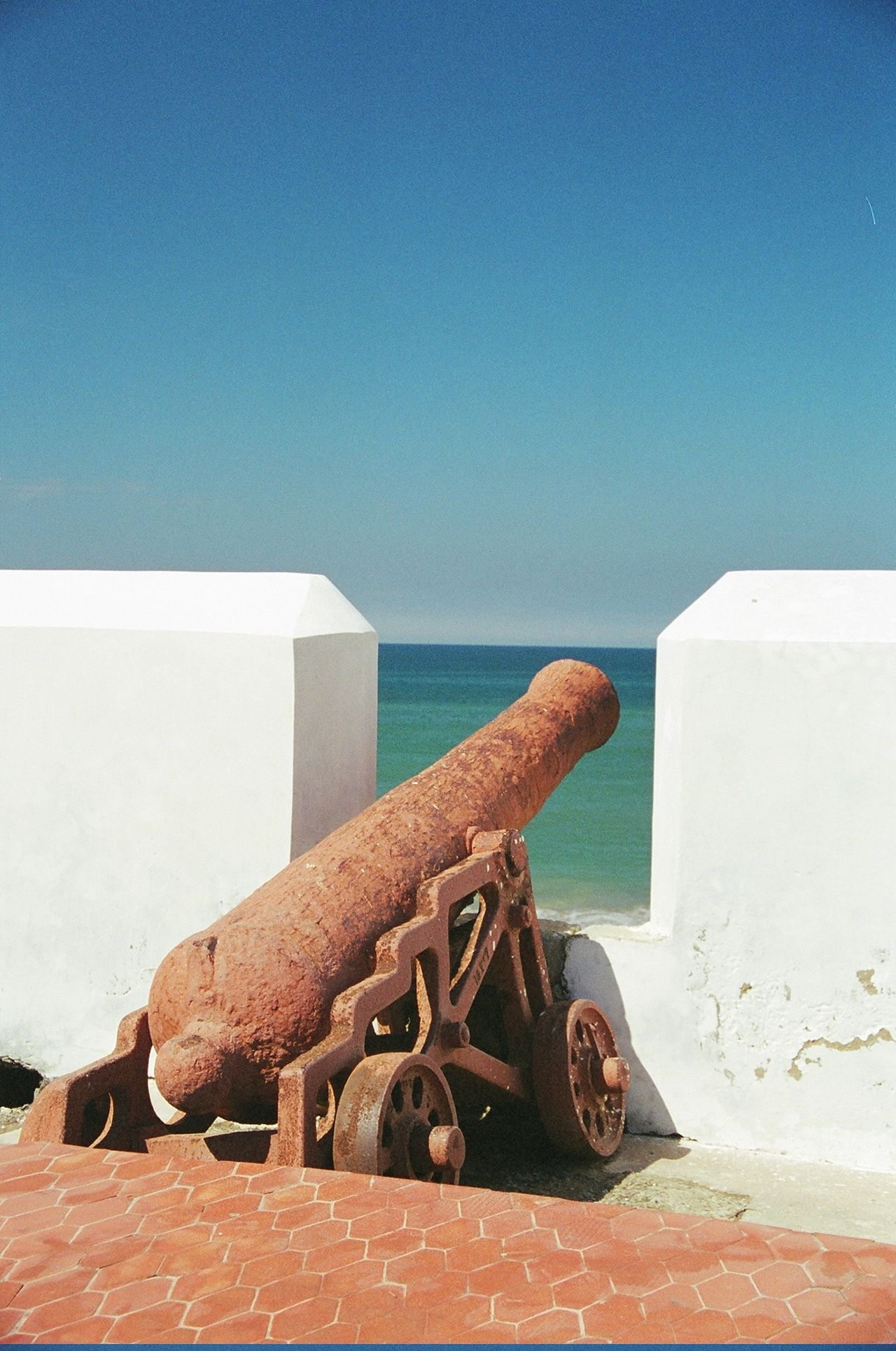 Cannon Clear Sky Morocco Ramparts Ramparts Fo Rust Sea Sky White Wall