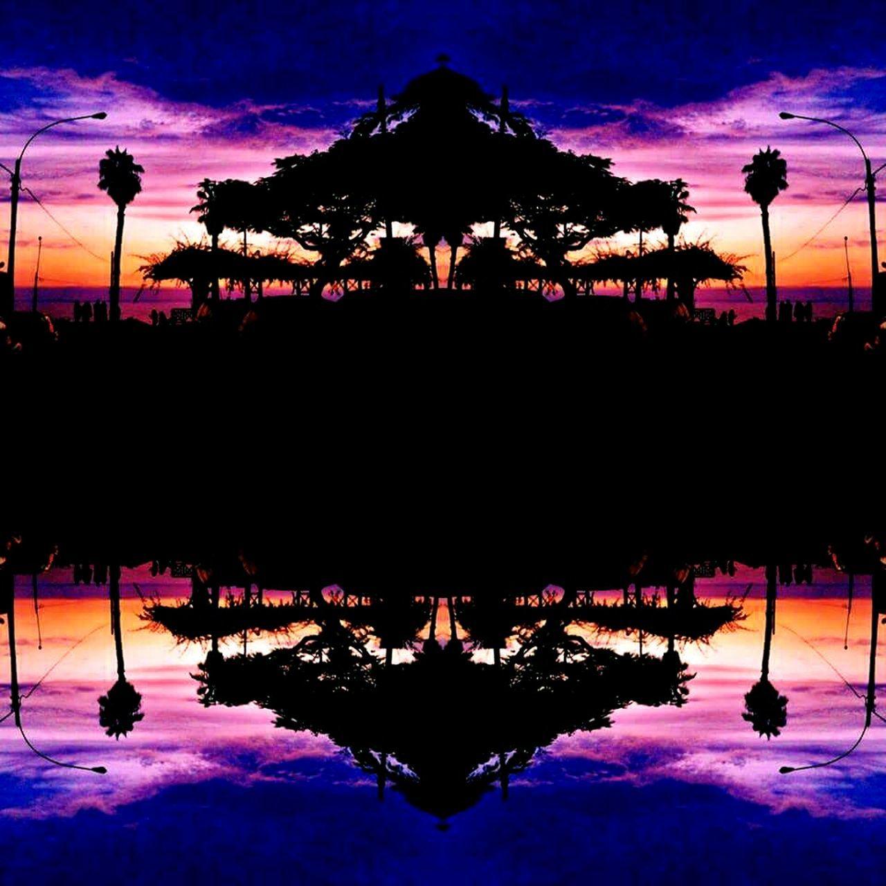 Atardecer paralelo Atardecer Sol Verano Paralelo Nature Tree Reflection No People Sky Symmetry Silhouette Water Cloud - Sky Naturaleza Photography Photo Natural Nature Photography First Eyeem Photo