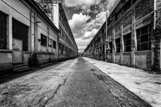 Factory Factories Factory Building Abandoned Abandoned & Derelict Abandoned Buildings Urbanphotography Urban Geometry Urbexphotography Urbex Urbanscape Urban Landscape Bw_collection Blackandwhite Nsnfotografie Torino Architecture Geometry Perspective Beauty Of Decay Walking Around The City  Streetphotography Street Photography Streetphoto_bw