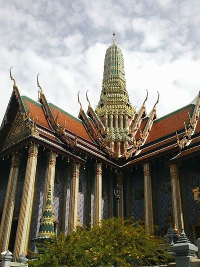 Temple Bangkok Palace