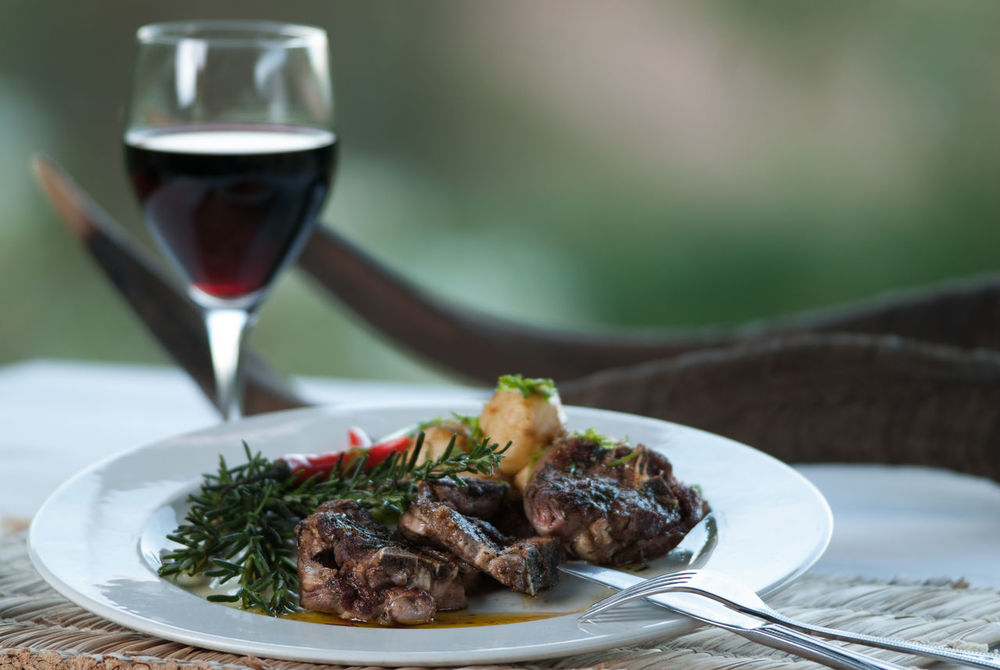 lamb and vine Close-up Food Food And Drink Healthy Eating Lamb - Meat Lamb Chops Meal Plate Red Wine Wine Wineglass