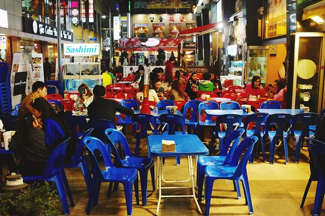 Chimaek tables in Myeongdong / 07:29 in Seoul as part of 24 hour project 24 Hour Project Seoul The Human Condition Street Photography EyeEm Korea EyeEm In Seoul Open Edit