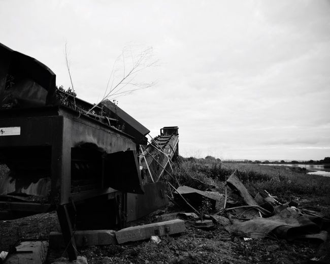 Sky Built Structure Outdoors No People Demolished Nature Day Architecture Machinery Machine Lake Lake View Gravel Gravelpit Blackandwhite Abandoned Places Abandoned Agriculture Photography Agriculture Agricultural Machinery