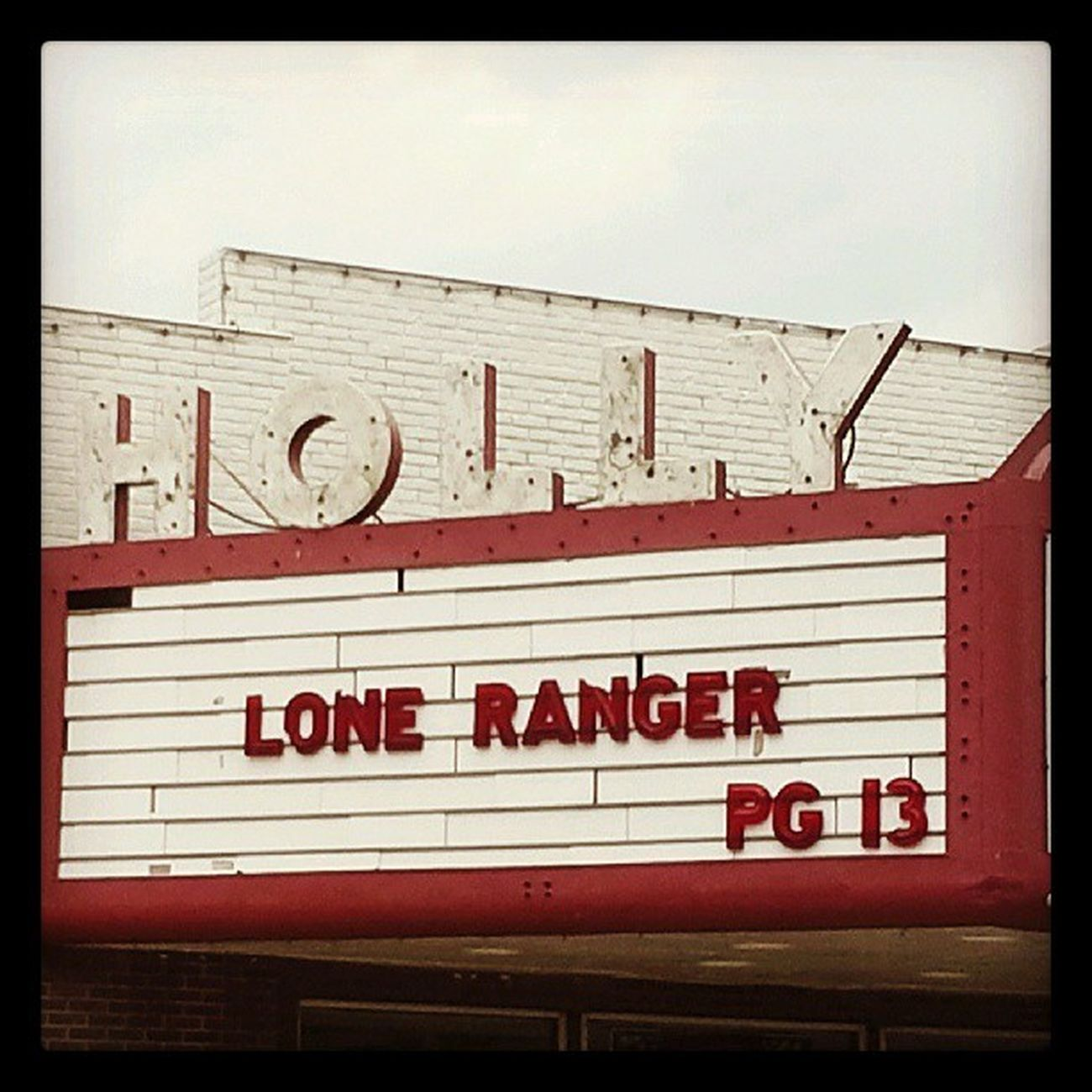 Holly Movies Theater Cinema Signage Neon Show Loneranger Marquee Movietheater Courtstreet Cinematreasures Signfixation Savethesigns Beatricenebraska