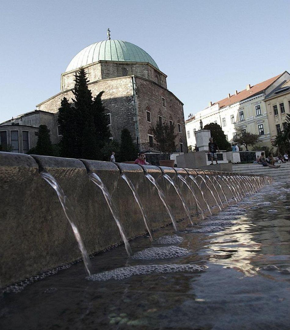 Dzsámi Fountain Pécs Square Water