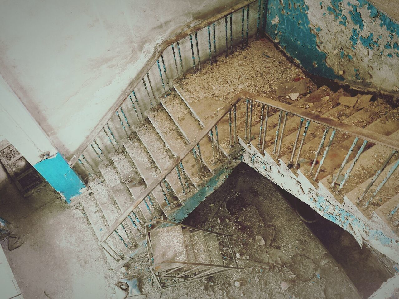 architecture, built structure, abandoned, indoors, damaged, old, run-down, obsolete, deterioration, wall - building feature, building exterior, weathered, building, bad condition, steps, window, house, staircase, wall, steps and staircases