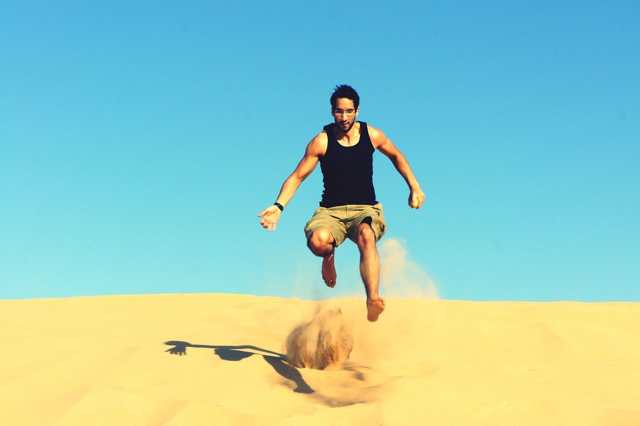 Beautiful stock photos of running, 25-29 Years, Arid Climate, Asian And Indian Ethnicities, Beauty In Nature