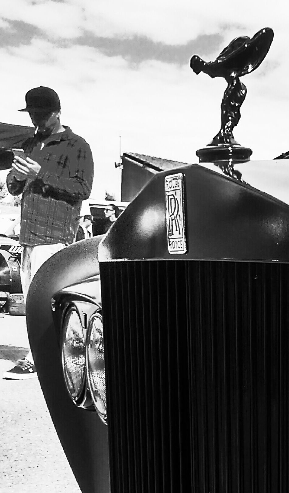 Rolls Royce Roller Spirit Of Ecstasy People Watching Car Blackandwhite Black And White Black Classic Classy Classic Car Grunge GrungeStyle Alternative Hanging Out Check This Out Enjoying Life Hi! Streetphotography Cool Candid British Best Of British Cheese! Beautiful