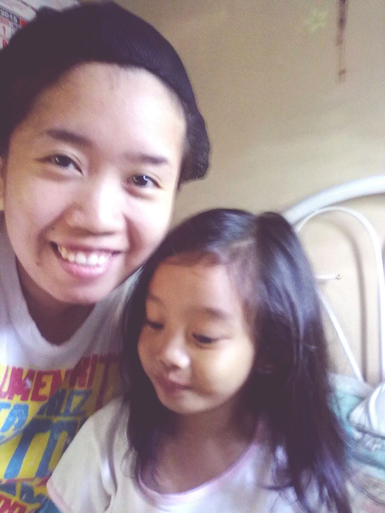 Relaxing Bonding Time Lovely i just love how this lil' girl made my day =) Mileykristel