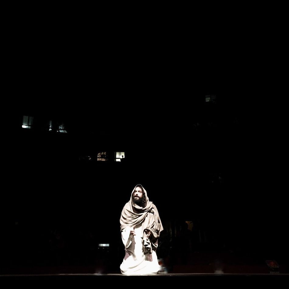 Copy Space Adult Illuminated Night One Person Stage - Performance Space People Adults Only Performing Arts Event Performance Only Women One Woman Only Indoors  Women Full Length Black Background Actor Young Adult Jesus Jesu