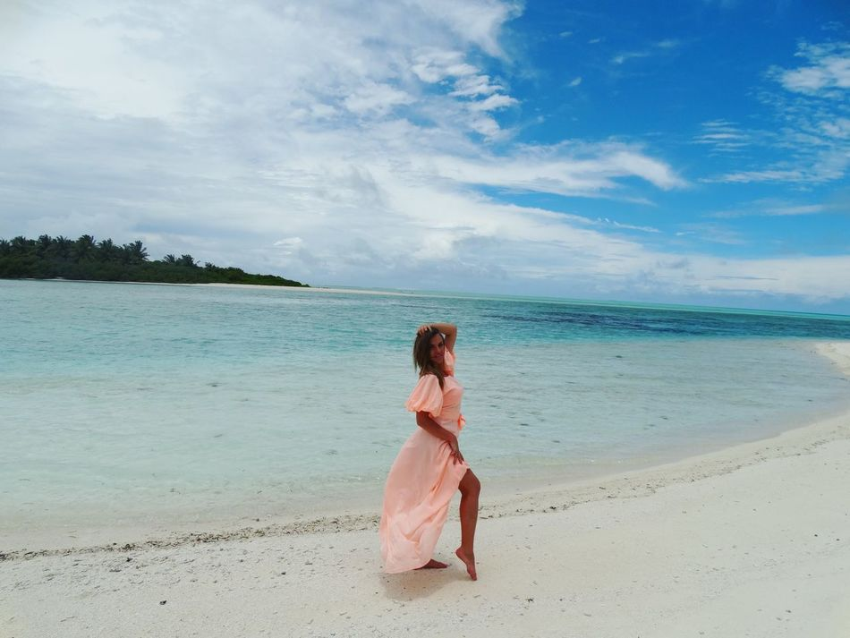 Nice Atmosphere Beautiful Surroundings Holiday Maldives Beach Beachphotography Life Is A Beach Paradise The Most Beautiful Place In The World Today's Hot Look