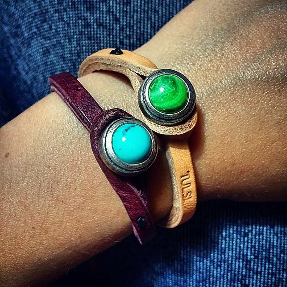 Braccialetti Bracelets Pelle Tulsi madeinitaly shopping verde Green turchese pietre contrasto details dettagli