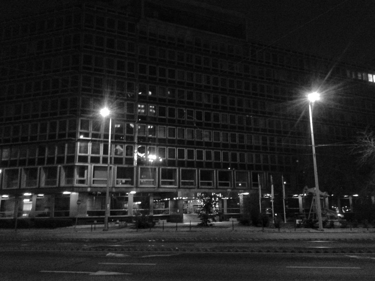 Streetphotography Streetphoto_bw Blackandwhite Bnw_friday_challenge