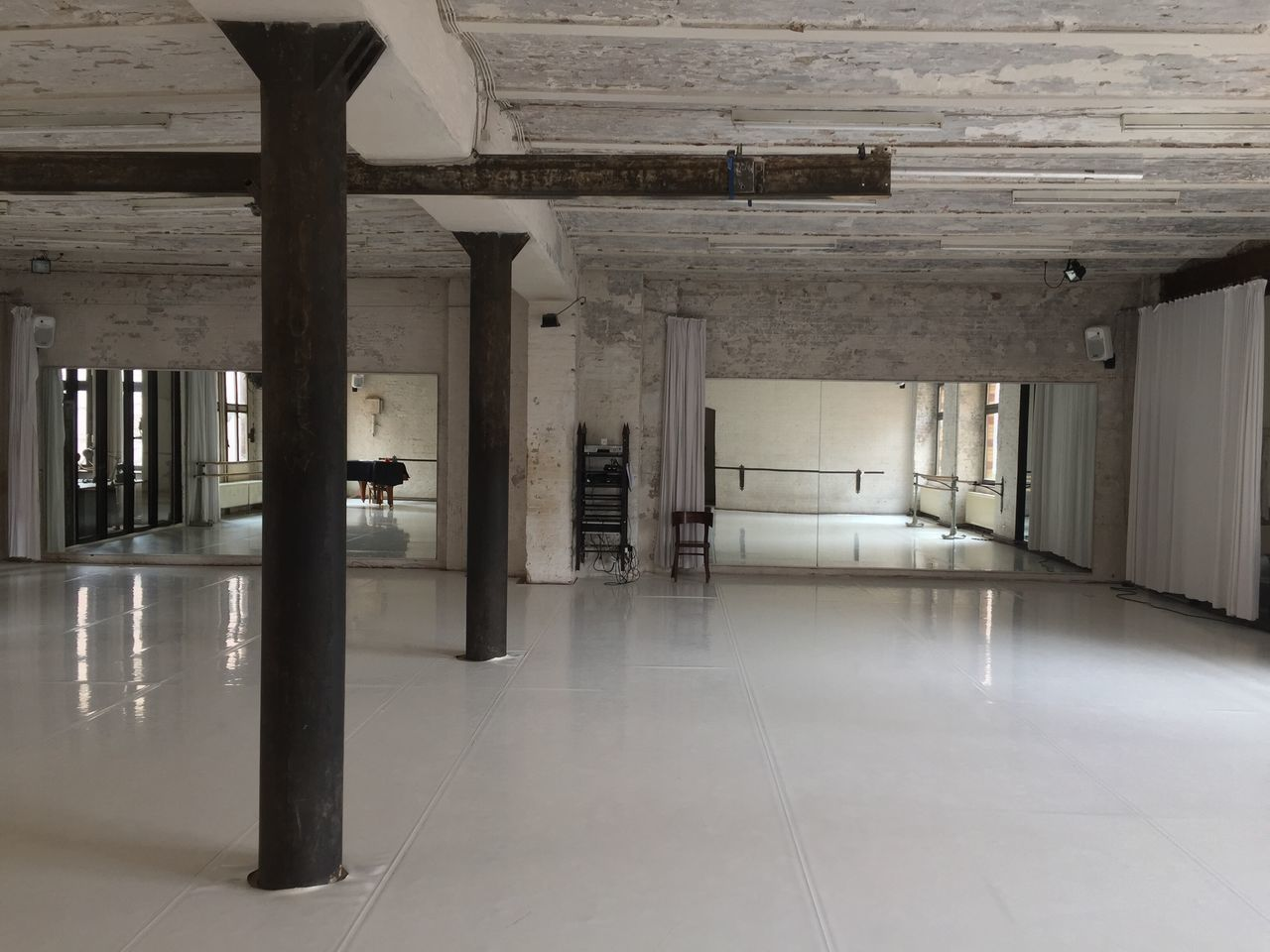 Doc11 Dance Studio Loft Indoors  Architecture Architectural Column No People Built Structure Day Berlin Dance