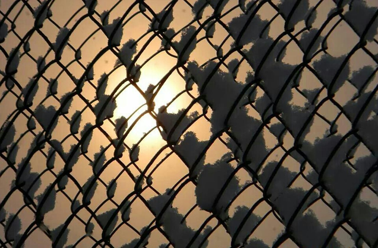 chainlink fence, protection, safety, security, full frame, backgrounds, day, no people, pattern, outdoors, close-up, nature, sky