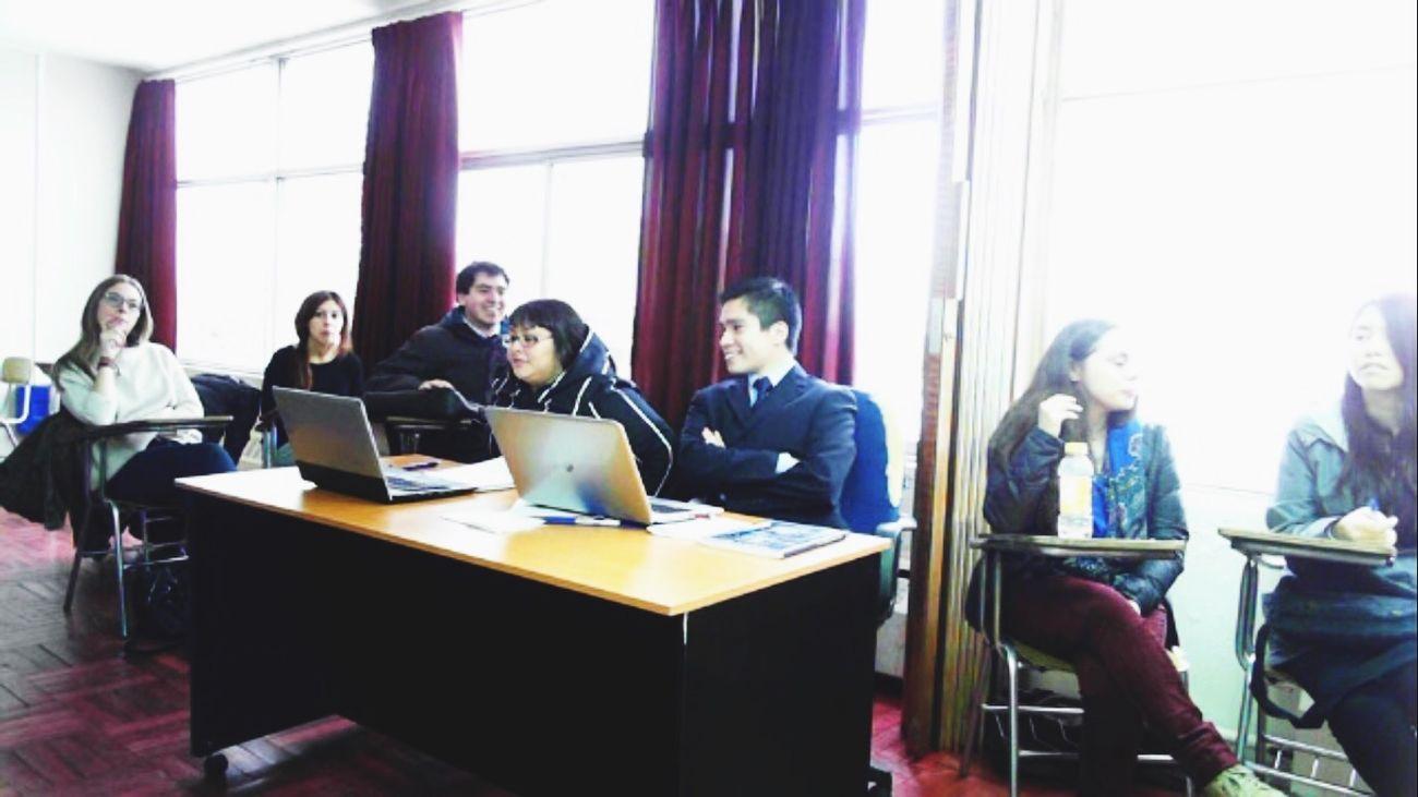 University Lawyer Students Hello World Derecho DerechoAmbiental Friends Enjoying Life Happy