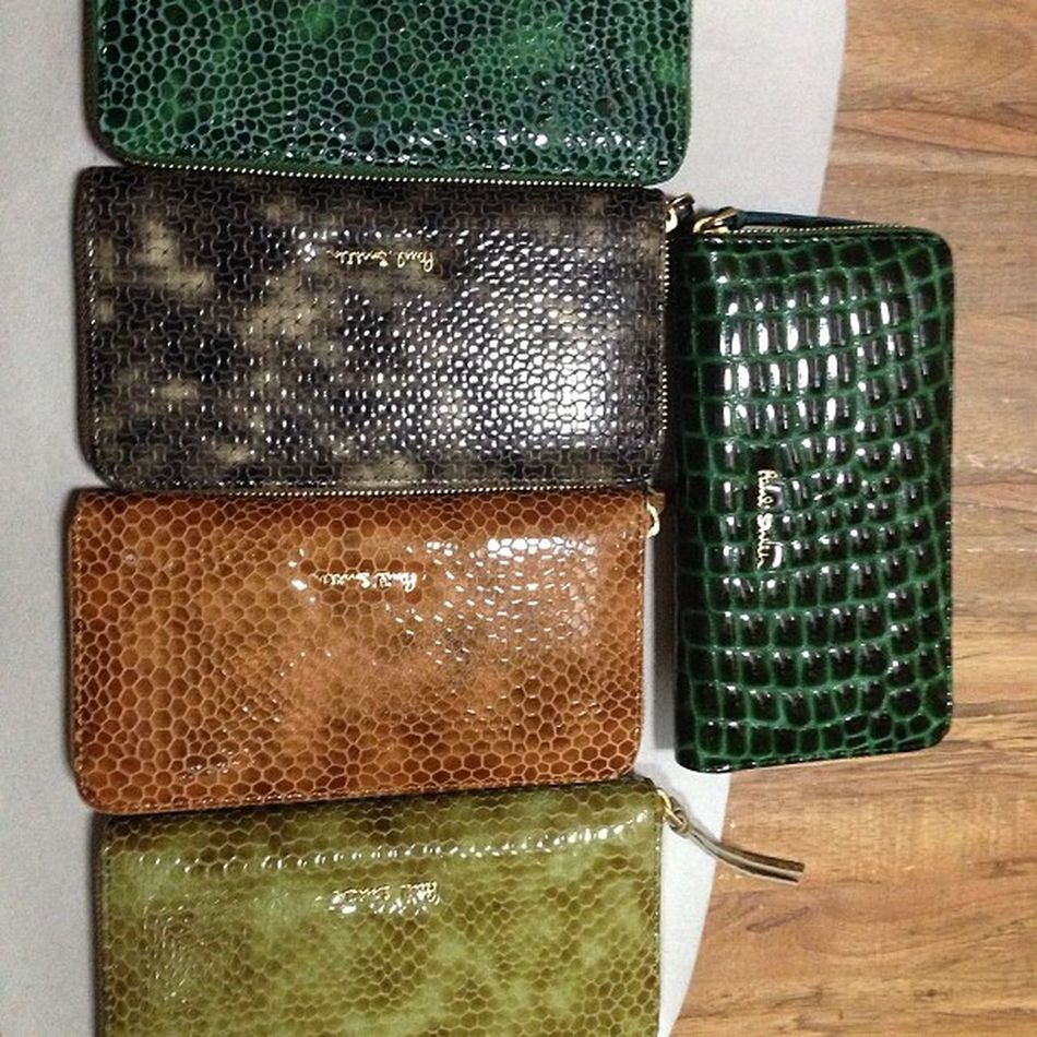 paul smith wallet..for lady.. PaulSmith Paulsmithwallet Wallet Ladywallet leatherwallet newmodel newcolor