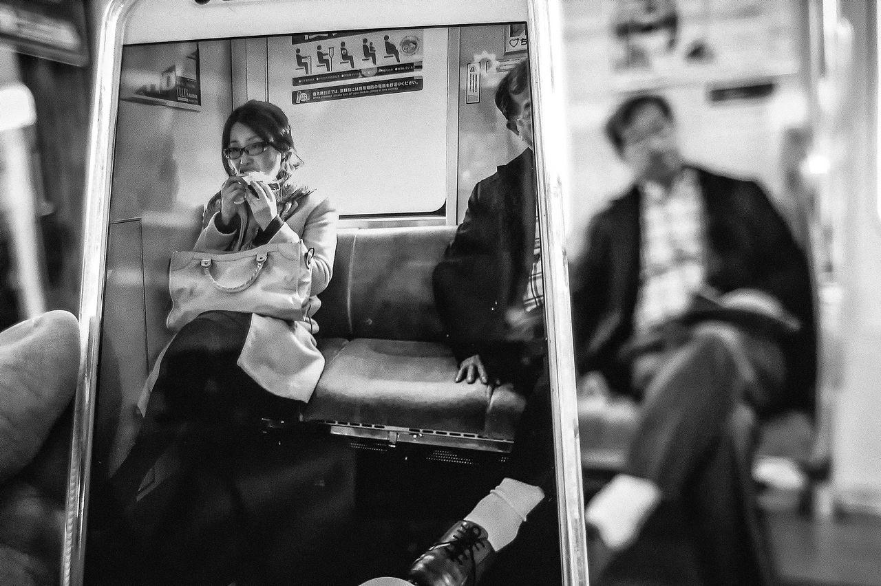 Streetphotography People Blackandwhite Tokyo Black And White Street Photography Streetphoto Streetphoto_bw Japan Streetphotography_bw B&w Street Photography Monochrome Photography The Week Of Eyeem