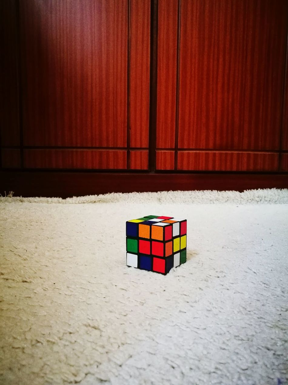 Rubik's Cube Colours Lieblingsteil Time Pass  Brainfood  Play Fun Simple Things In Life . . . Leica HuaweiP9