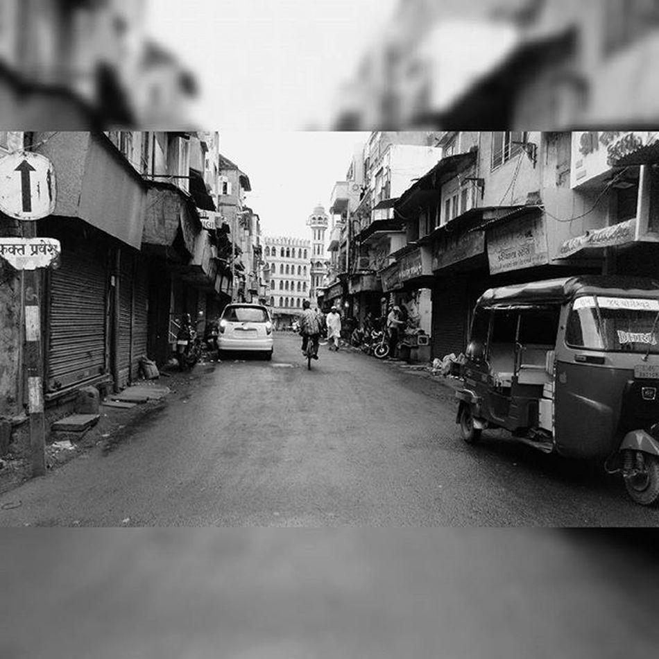 Surat Streets Sunday_click Instamood Zapabazar 1000thingstodoinsurat Iamsuratcity Drashtikon_surat TWA15 Clk : me📷