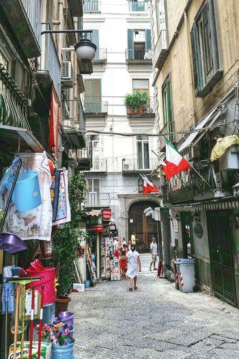 Неаполь улочки Неаполя Strade Napoli