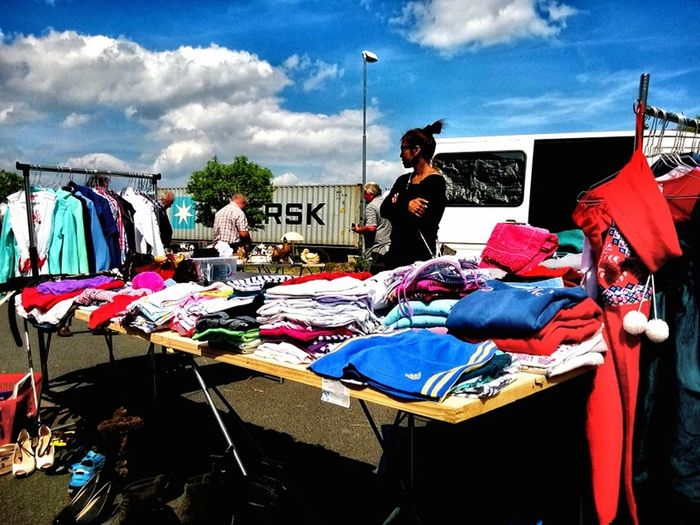 peddlers market Peoplephotography Urban Art Urban People Watching People For My Friends That Connect Enjoying Life Sun_collection, Sky_collection, Cloudporn, Skyporn Taking Photos Walking Around