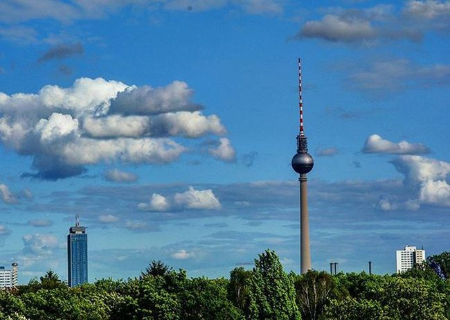 Tvtower Tvtowerberlin Alexanderplatz Berlin Student Europe Summer Warm
